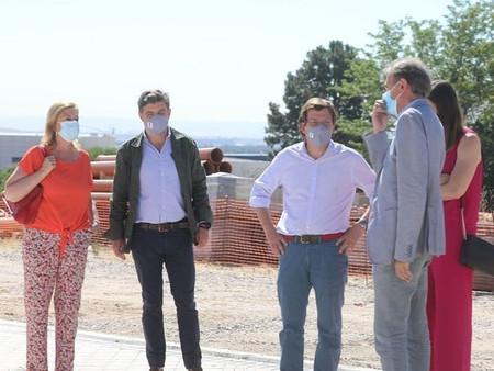 El Alcalde Martínez-Almeida visita las obras de la circunvalación de Barajas
