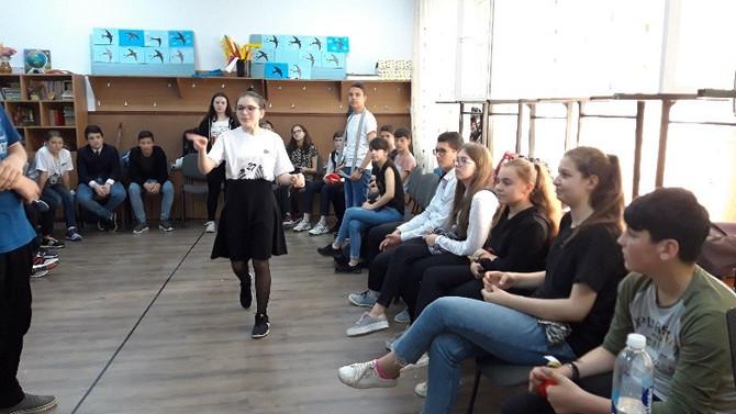 ",,EU POT IUBI!"", MAGUS TEAM – clasa a VII-a B, Școala Gimnazială Mihail Kogălniceanu, Dorohoi,Botoșa"