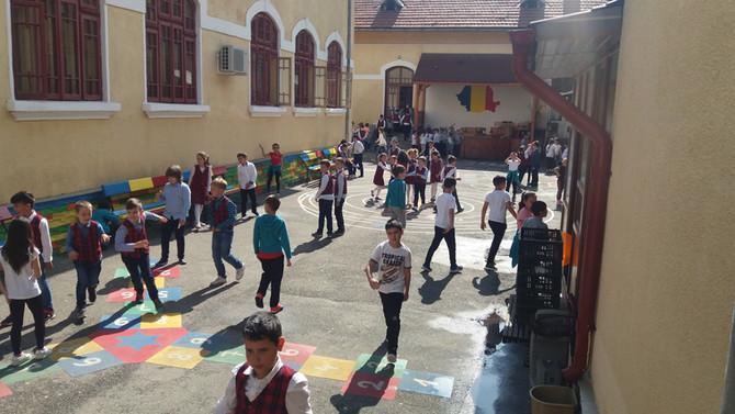 JOCUL NE FACE MAI BUNI! Școala Gimnazială Alexandru Ștefulescu, Tg-Jiu, Gorj
