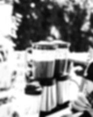 smoothies%20in%20a%20blender_edited.jpg