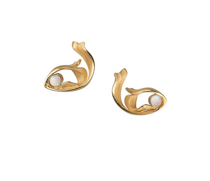Beauty Earring in Silver or Gold Plated Silver with Opal