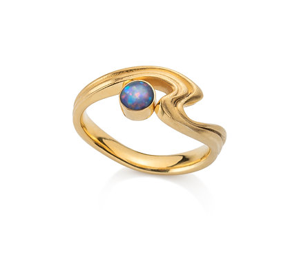 Beauty Ring in  Gold with Double Opal