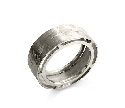 Suspenso Ring in Silver or Gold Platead Silver