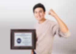 사진-ISSCC-학생-연구발표상을-수상한-임영현-대학원생.jpg