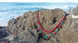 blur red  necklace