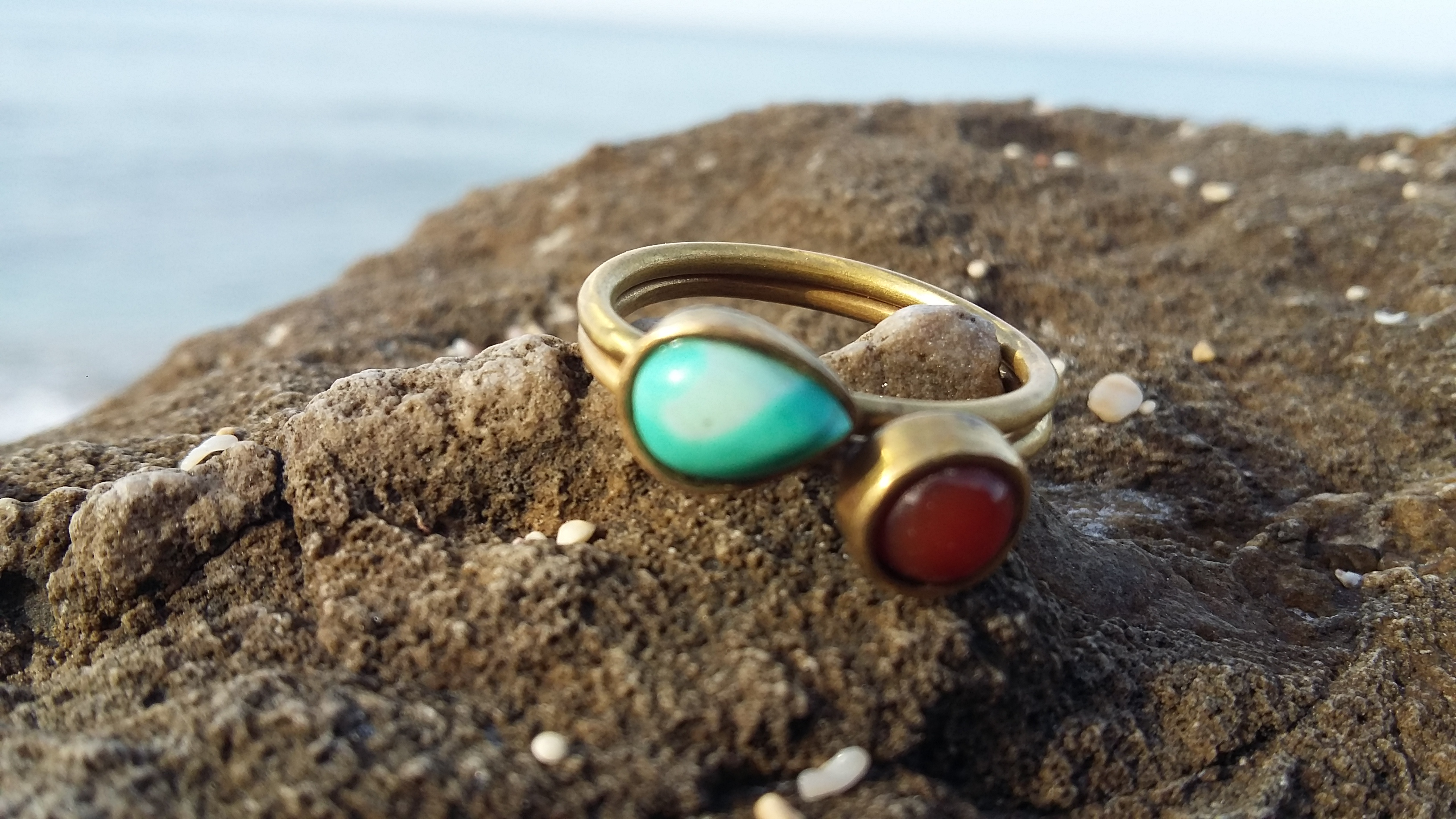 Gemstones rings