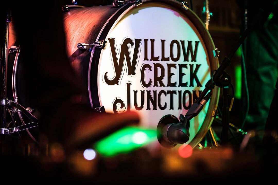 WILLOW CREEK JUNCTION