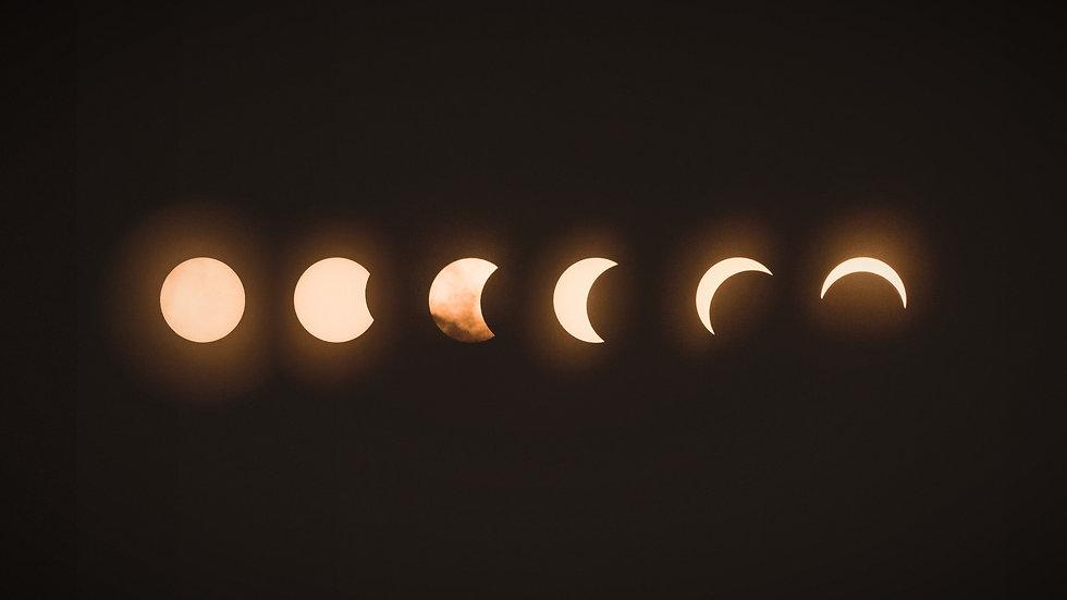 total%20lunar%20eclipse_edited.jpg