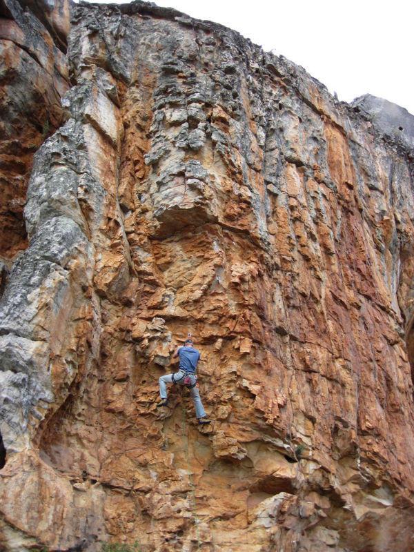 climb-Charl-Rock-Climbing2.jpg