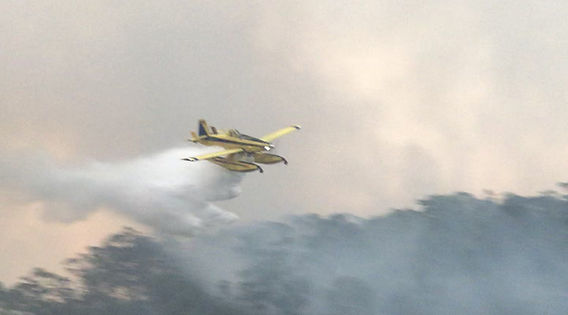 fireboss fighting bushfires on aerial firefighting