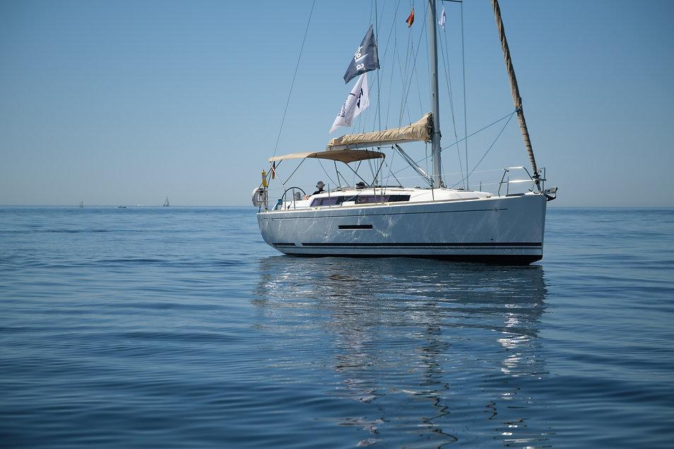 Marbella Sailing School SV Rewind Dufour