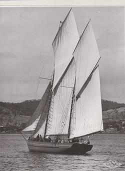 Old Ships Company-601