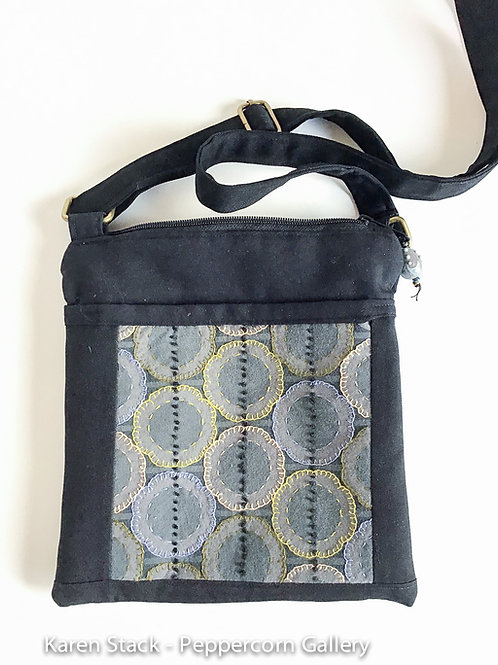 Cross Body Bag - Small - Black