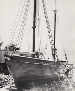Old Ships Company-605