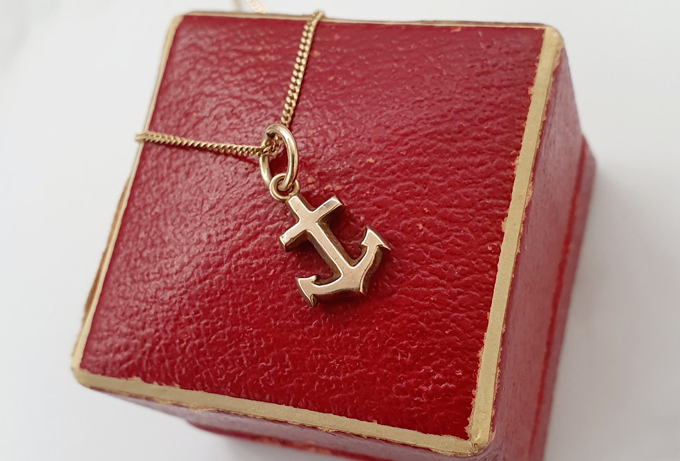 Vintage 9ct Gold Anchor Pendant / Charm.