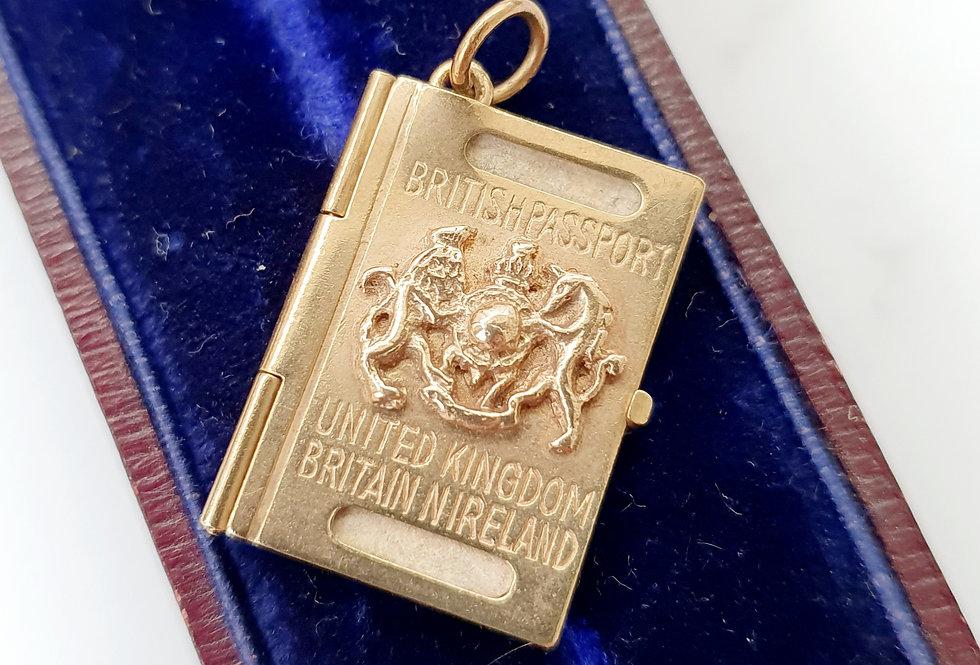 Vintage 9ct Gold UK British Passport Pendant