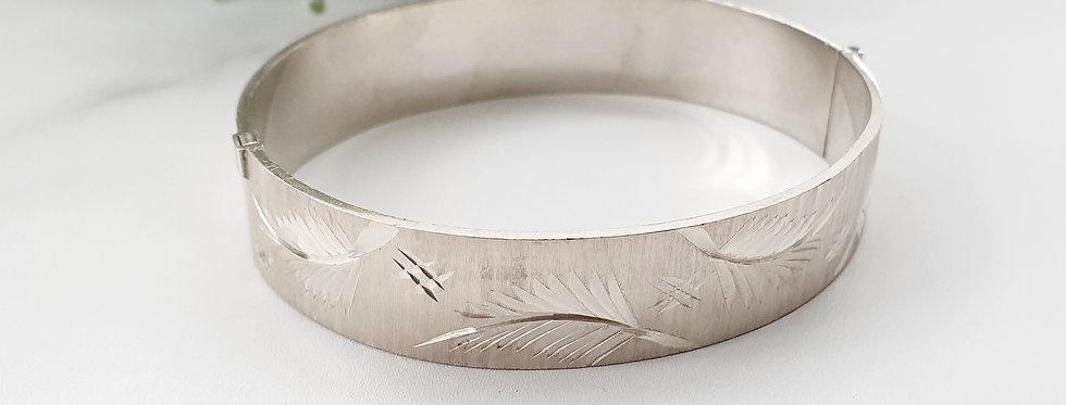 Vintage Sterling Silver Bangle with Leaf & Hallmark Design