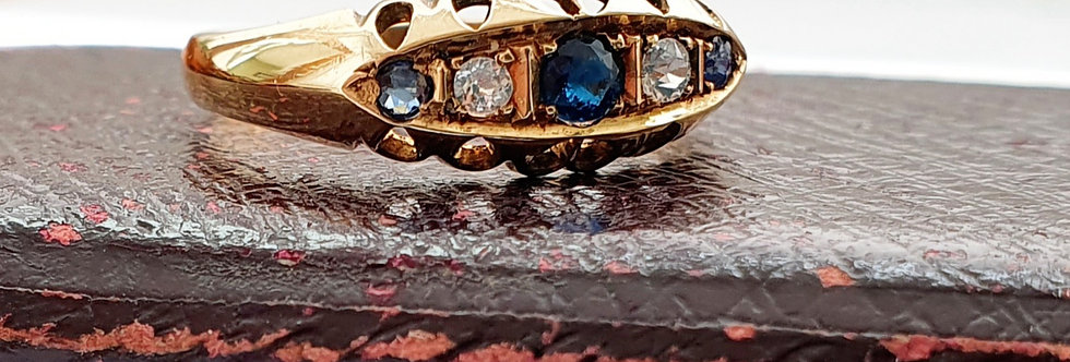 Antique 18ct Gold, Sapphire & Diamond Gypsy Ring