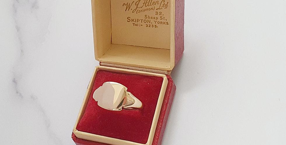 Vintage 9ct Gold Signet Ring.