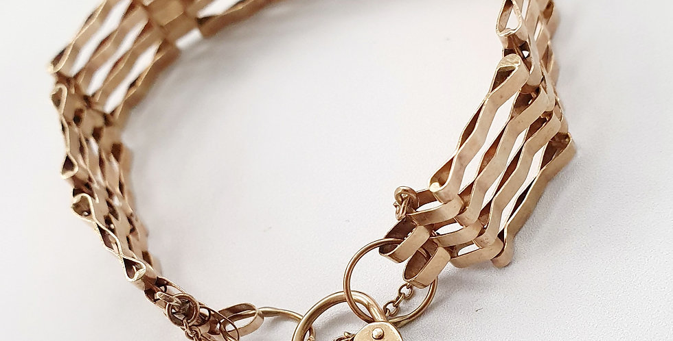 Vintage 9ct Gold Gate Bracelet with Heart Lock and Safety Chain.