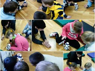 Продолжаются занятия в нашей научной школе на базе Дзержинского центра помощи семье