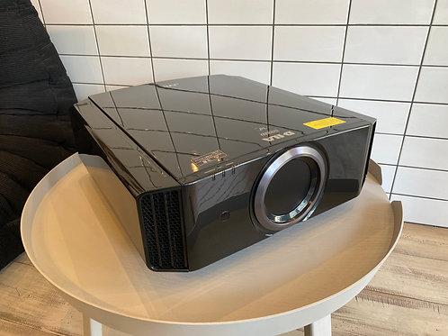 JVC プロジェクター DLA-X750R-B ランプ新品交換済