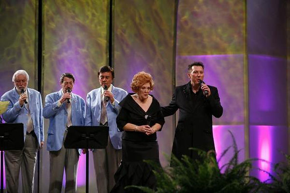 David L Cook Lulu Roman The Jordanaires at 2009 Christina Music Hall of Fame