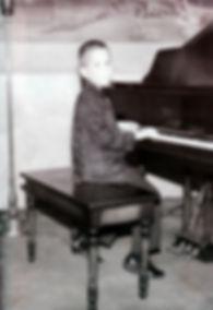 David L Cook Entertainer