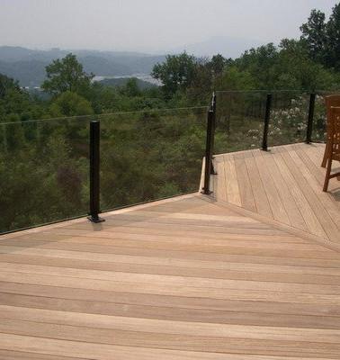 xglass-deck-railings.jpg690x400.jpg.page