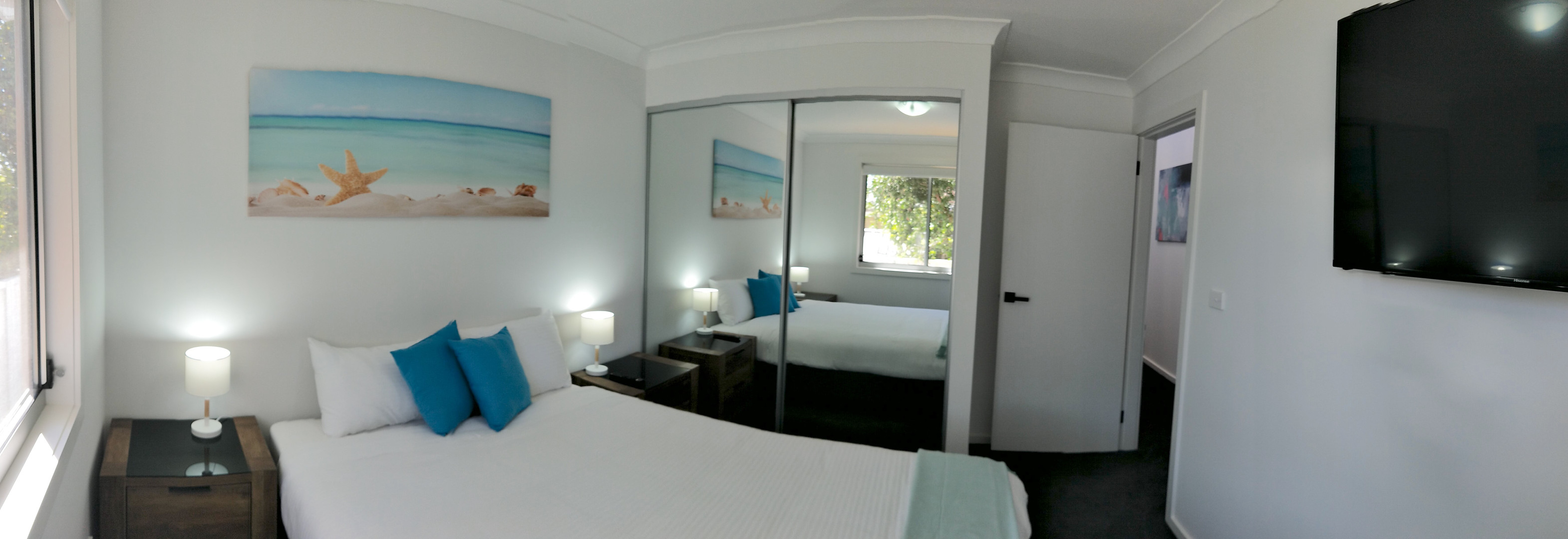 Bedroom Little Lake Apartment A