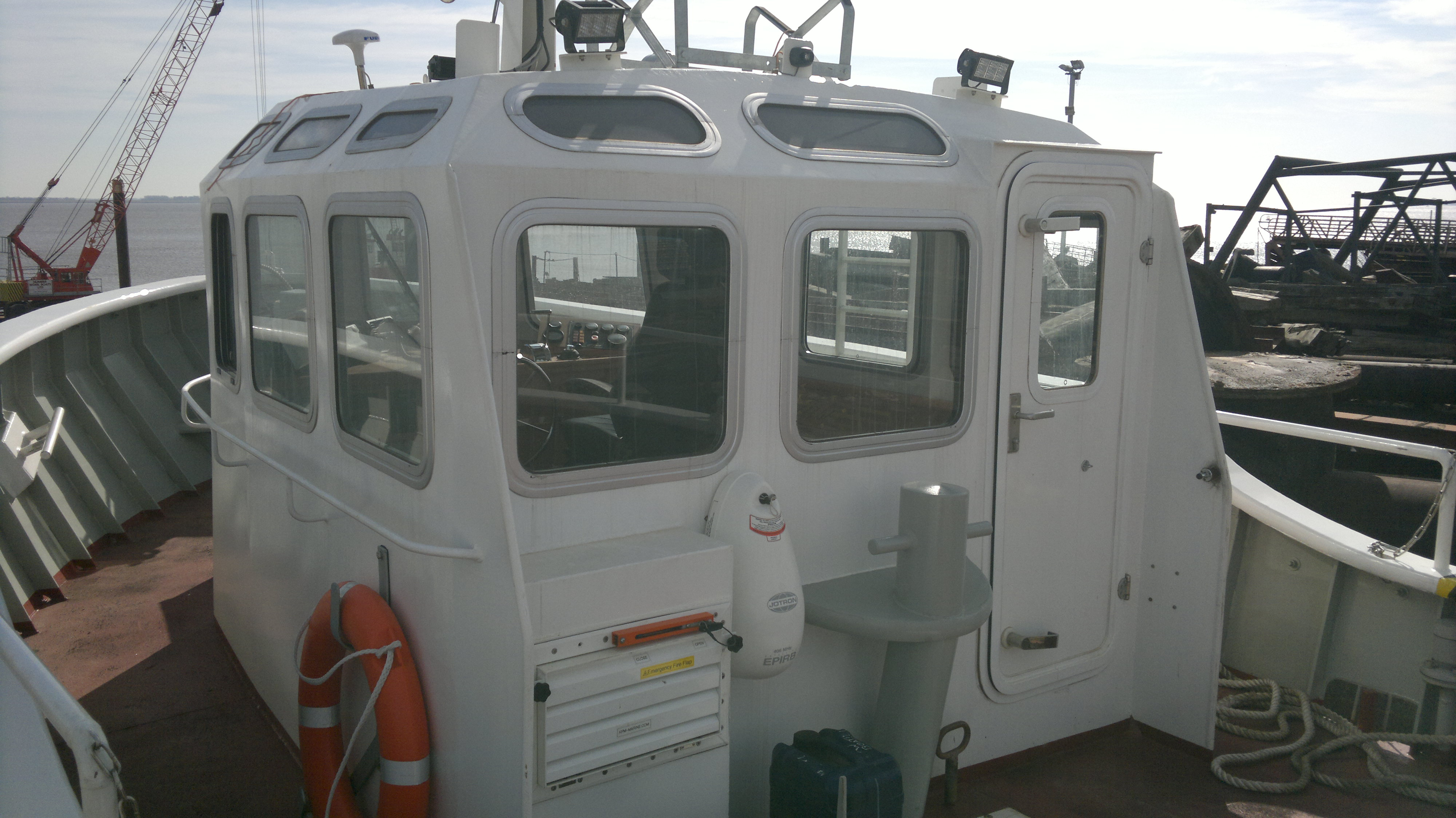 Small Tug Windows
