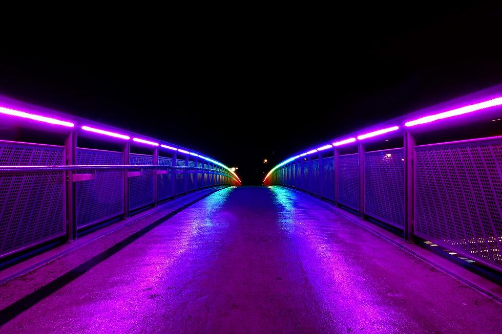 bridge-lights-railings-road-wallpaper.jp