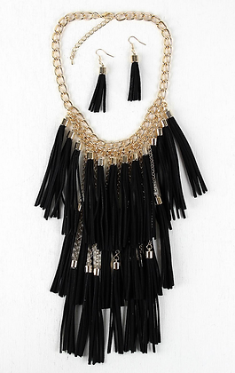 Drop that TASSLE Suede Necklace Set