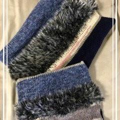 あまり毛糸で編んだお揃いスヌード