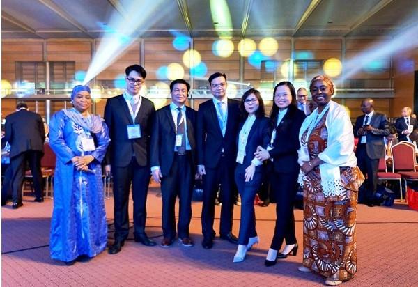 Đoàn công tác của Liên đoàn luật sư Việt Nam tại Hội nghị