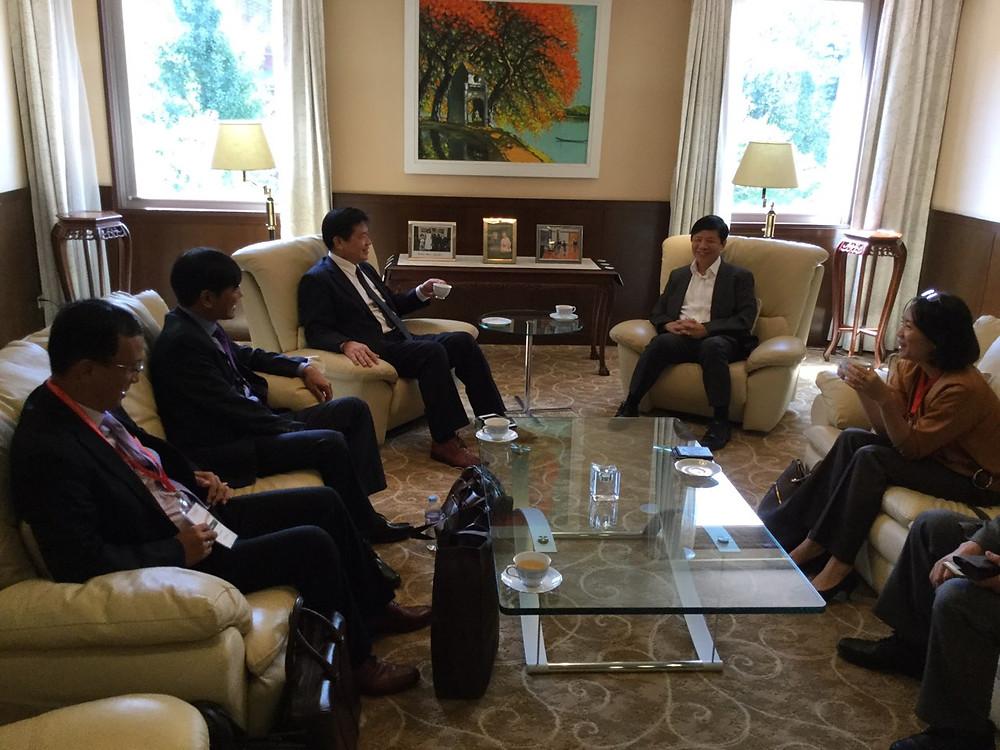 Đoàn công tác VBF tới thăm và trao đổi thân mật với Đại sứ quán Việt Nam tại Nhật Bản