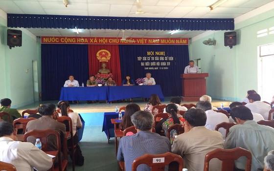Quang cảnh một buổi tiếp xúc cử tri tại tỉnh Khánh Hòa