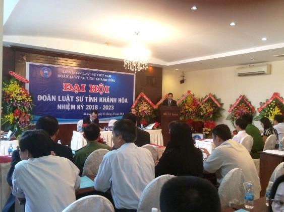 TS. LS. Nguyễn Đình Thơ, Chủ nhiệm Đoàn Luật sư tỉnh Khánh Hòa phát biểu khai mạc Đại hội