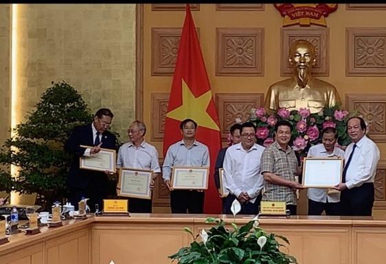 Bà Trương Thị Mai - Ủy viên Bộ Chính trị, Bí thư Trung ương Đảng, Trưởng ban Dân vận Trung ương phát biểu tại buổi làm việc