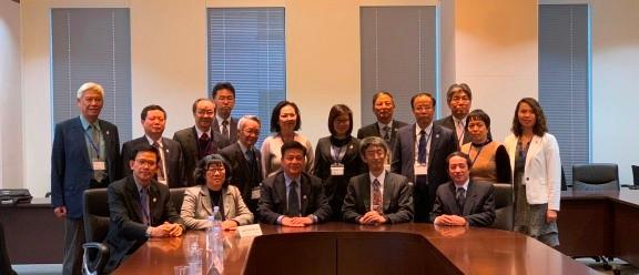 Chụp ảnh lưu niệm với lãnh đạo JICA