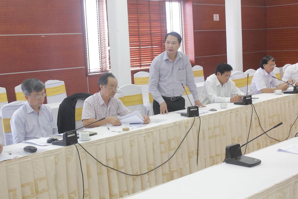 LS. Nguyễn Huy Thành báo cáo một số vụ việc tại Phiên họp