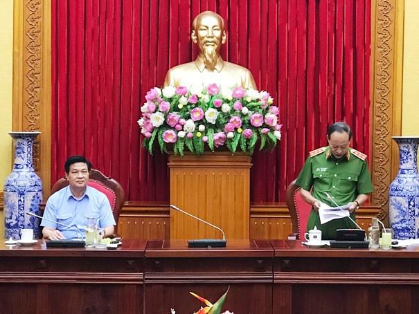 Thượng tướng Lê Quý Vương - Ủy viên Trung ương Đảng, Thứ trưởng Bộ Công an, Thủ trưởng Cơ quan Cảnh sát điều tra Bộ Công an phát biểu tại cuộc họp