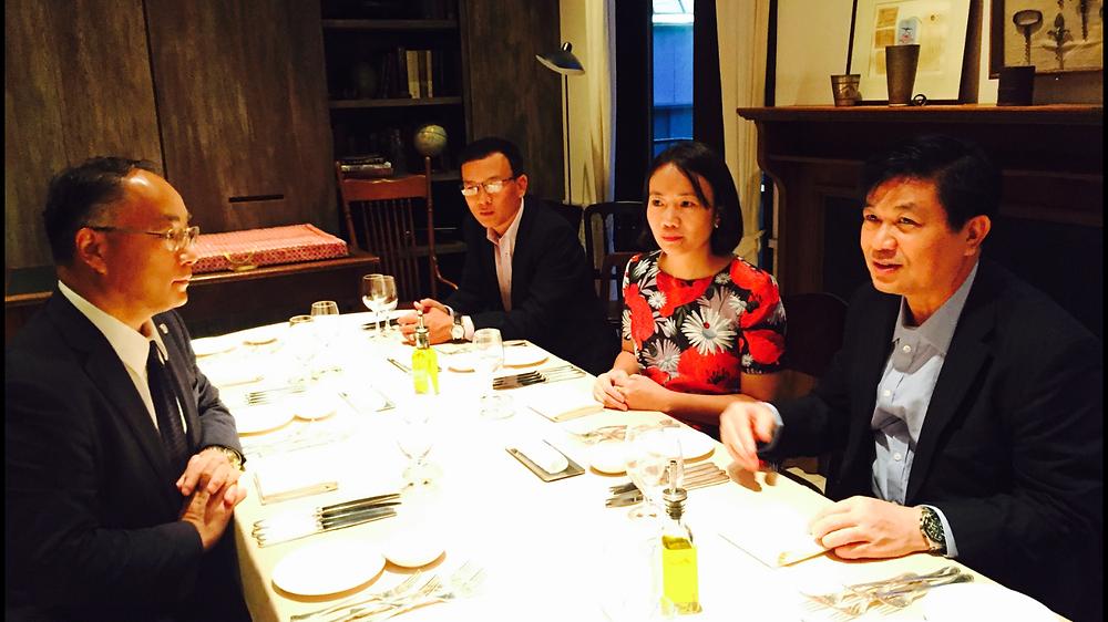 Chủ tịch VBF Đỗ Ngọc Thịnh trao đổi với đại diện lãnh đạo Đoàn Luật sư Tokyo