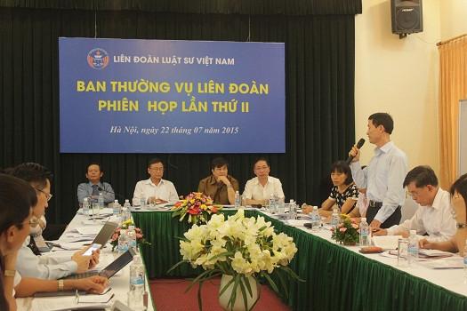 Một số hình ảnh các đại biểu phát biểu tại phiên họp