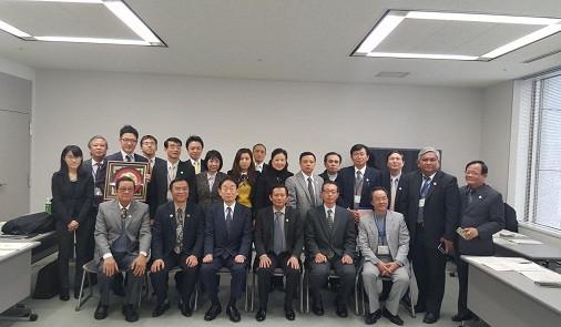 Đoàn Công tác VBF chụp ảnh lưu niệm với Liên Hội Luật sư Nhật Bản và JICA