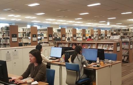 Thư viện của Hãng Luật MHM tại Nhật Bản (Ảnh: Hoài Phan)