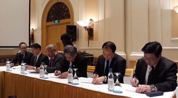 Các đối tác thực hiện Dự án cùng ký thông qua PDM sửa đổi của Dự án