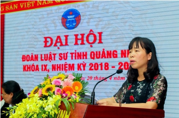Bà Đặng Kim Hoa - Cục Phó Cục Bổ trợ Tư pháp (Bộ Tư pháp) phát biểu tại Đại hội