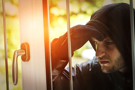 things burglars already know, how to protect your home from burglars, tricks burglars use, how to protect against thieves, home safety tips