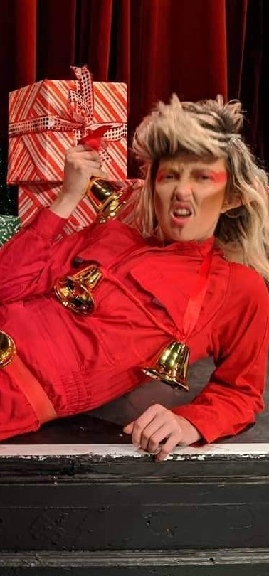 Jingle Bits Drag King 2.jpg